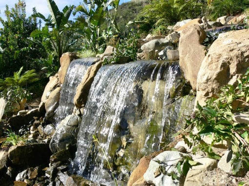 Vista Point | 15′ Wide Pondless Waterfall