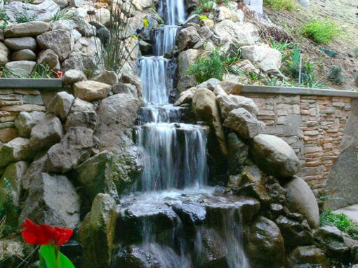 Vertical Drop | 25′ Tall Pondless Waterfall