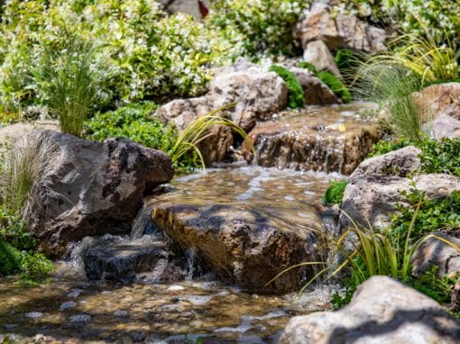Malibu Water Gardens | 8′ Pondless Waterfall